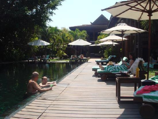 Belmond La Résidence d'Angkor: the pool