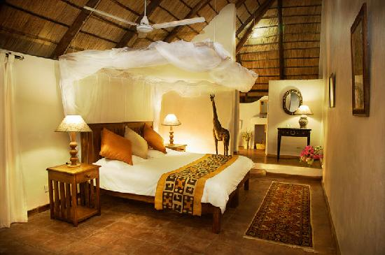 Ngala Beach Lodge : Delightful African Bedrooms