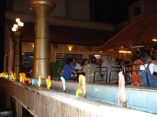 Hotel Mathura : Tiruchirappalli - Shree Krishnas Garden Restaurant