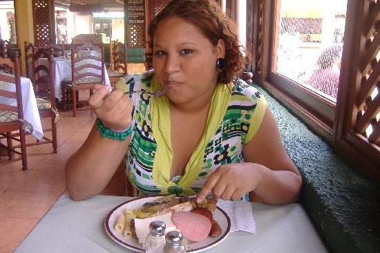 Occidental Caribbean Village Playa Dorada: comida