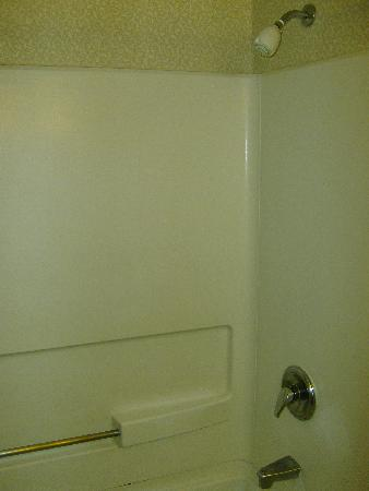 Tub and shower surround feel like plastic. - Picture of Knott\'s ...