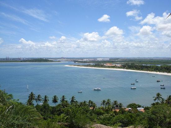 Porto de Galinhas, PE: Mirador do Paraíso (atrás, el puerto de Suape)