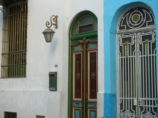 Buenos Aires, Argentina: Dos casas del barrio de San Telmo