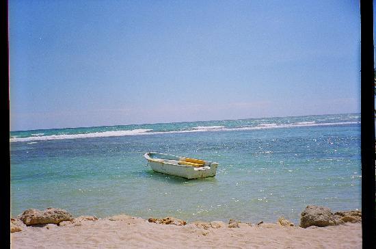 Playa Esmeralda Beach Resort: on the beach at Playa Esmeralda