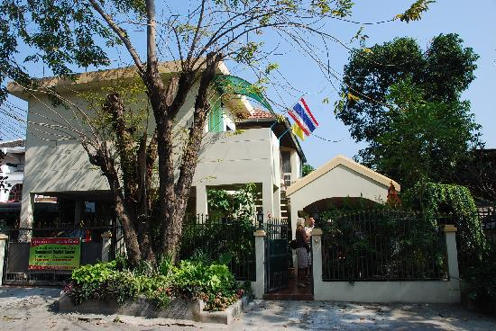 In2siam Bed & Breakfast: In2siam B and B