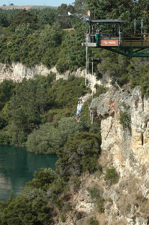 Taupo Bungy: Jump site