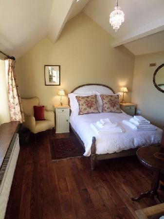 Cold Harbour Shed: the bedroom at the Shed