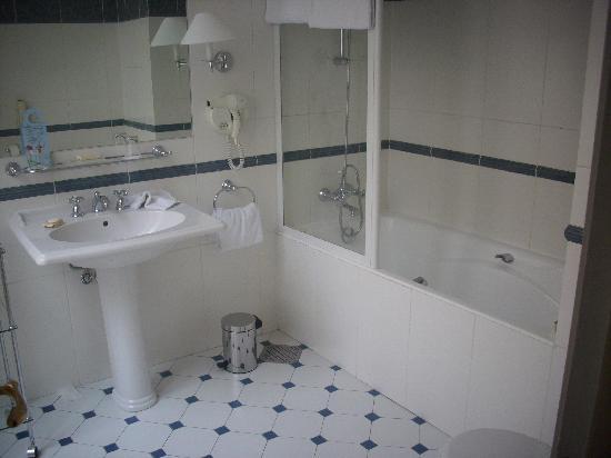Hotel du Louvre: il bagno