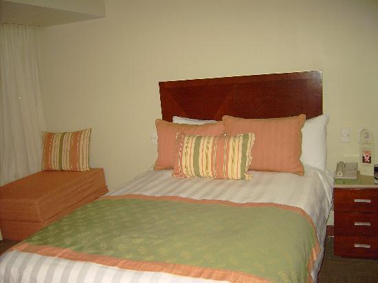 Emporio Reforma: chambre (vue lit)