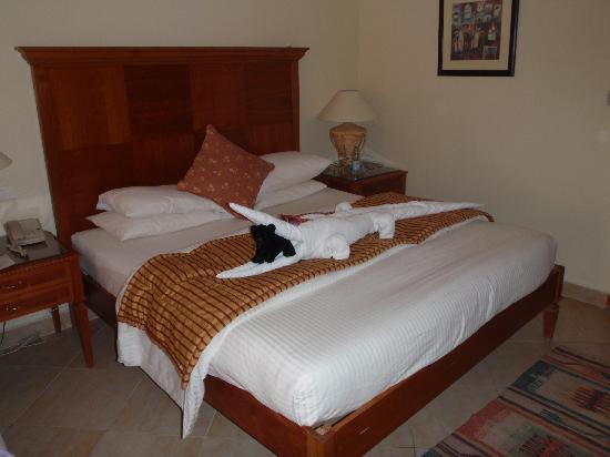 Coral Sea Sensatori - Sharm El Sheikh: Mohammeds towel arrangement
