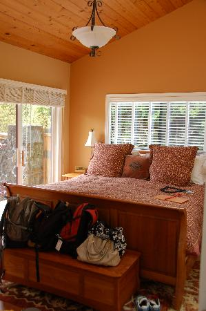 Waianuhea Bed & Breakfast: Bedroom