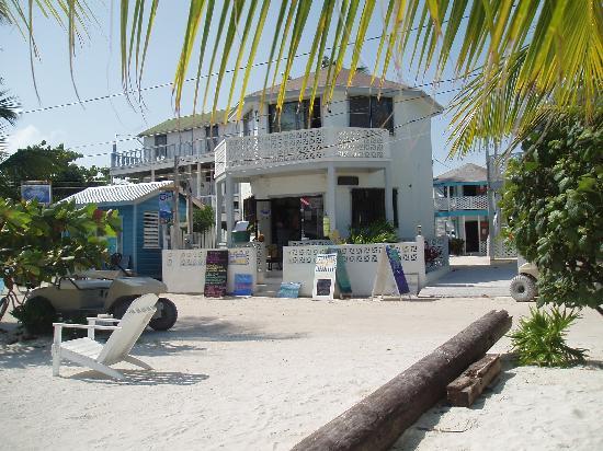 Costa Maya Beach Cabanas: Front of Costa Maya