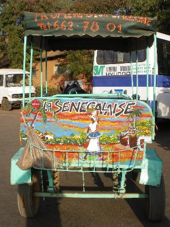 Les Bougainvillees: LA CALECHE D IBRAIMA