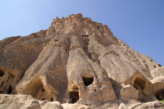 Selime, Turkey: この岩山の中にたくさんの部屋がある