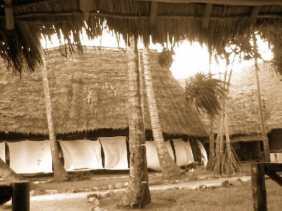 VOI Kiwengwa Resort: esterno del ristorante, con tende