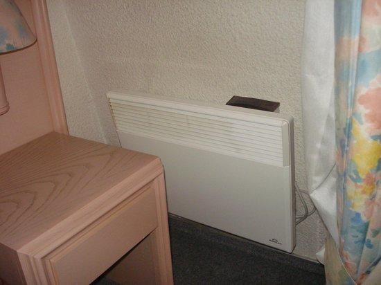 Hotel de France:                                     Room
