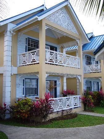 Villa Beach Cottages : Elegant Accommodations