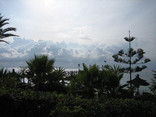 Marbella Club Hotel : a look at the sea