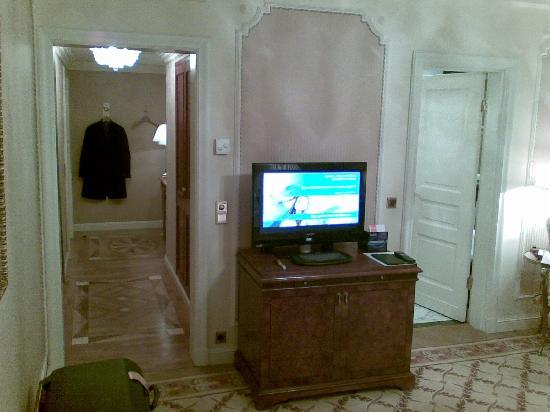 Hotel Imperial Vienna: Corridor of room 402
