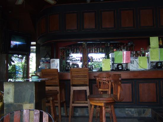 Kelly's Residency : Bar