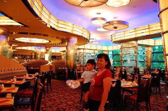 Disney's Hollywood Hotel: great breakfast