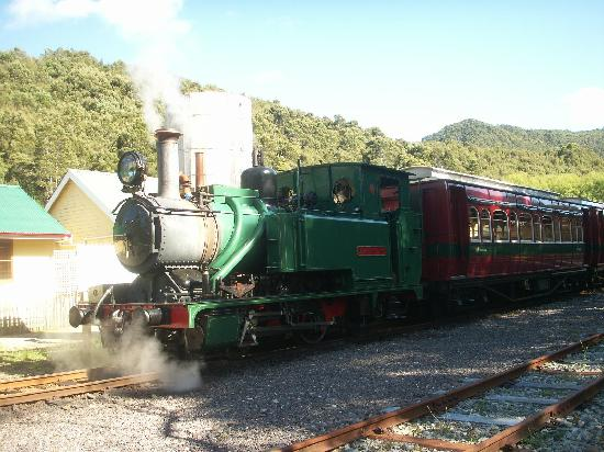 The Crays Accommodation: WILDERNESS RAILWAY