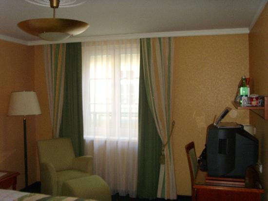 Mercure Josefshof Wien am Rathaus: standard room