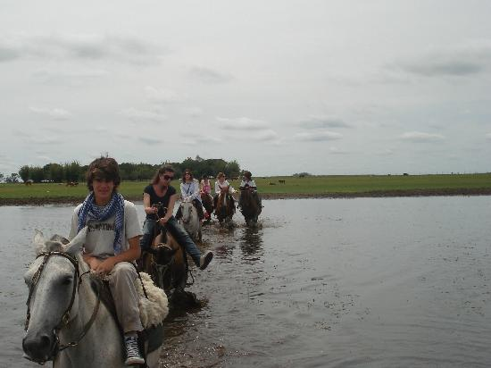 Esquina, Argentina: crossing the river with the horses