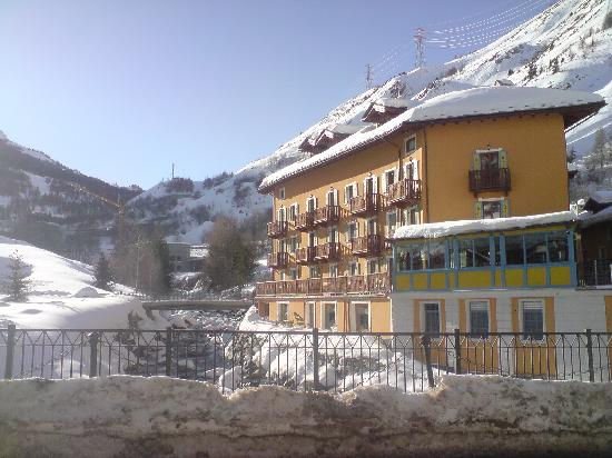 La Thuile, Italy: Hotel in Village Centre