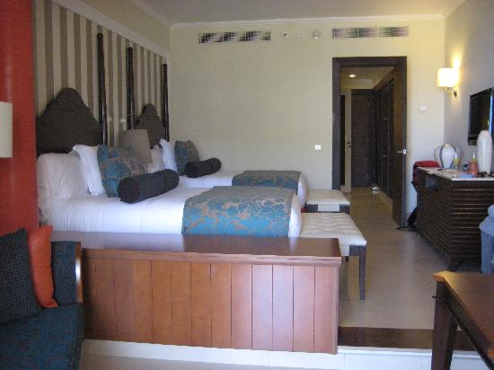 Iberostar Grand Rose Hall: Bedroom