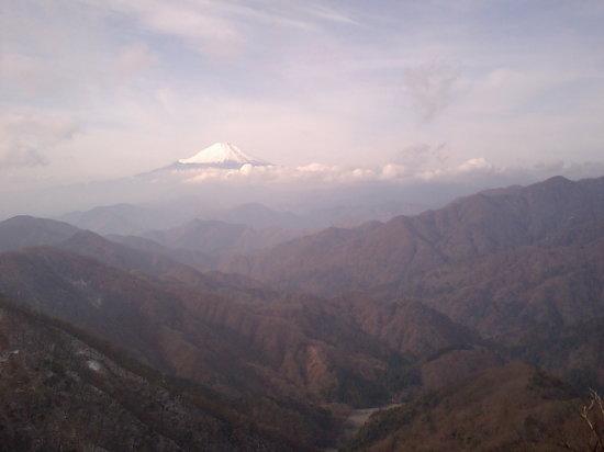 Mt. Tonotake: 塔ノ岳山頂から見た富士山