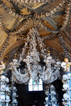 ‪‪Kutna Hora‬, جمهورية التشيك: Kutna Hora Bone Church interior‬