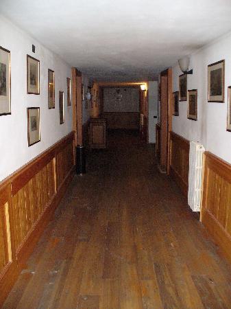 Villa della Regina: corridoio