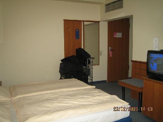 Arcadia Hotel Suhl: Zimmer3