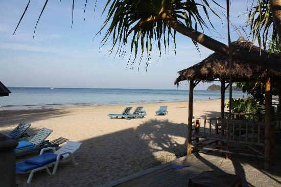 Lanta Sea House Resort: The Beautiful Klond Dao Beach...