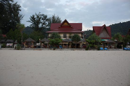 Room photo 8800579 from Lanta Sunny House Hotel in Ko Lanta