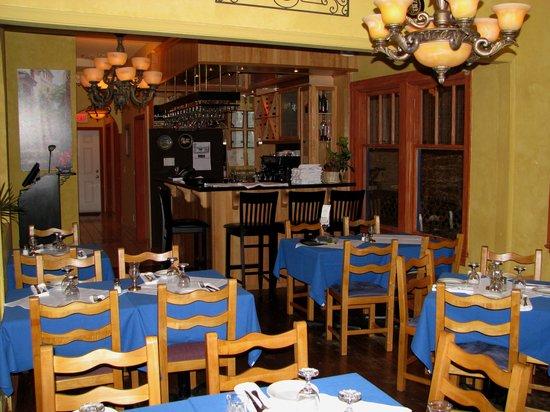 Asteras Greek Taverna: Part of the interior dining area