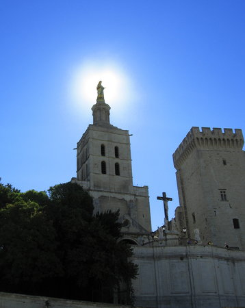 Avignon, Frankrike: Magnificent sight at the Palace of the Popes