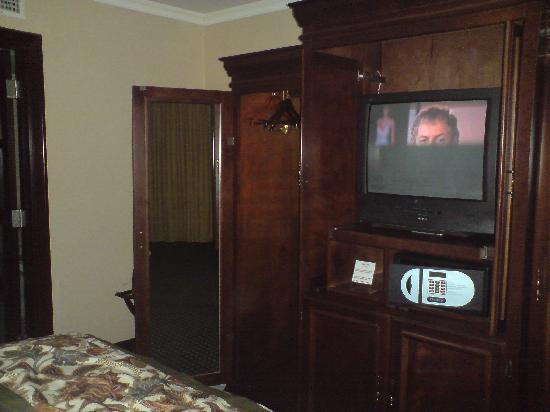Torreon Marriott Hotel: Muebles finos