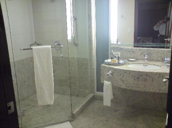 Torreon Marriott Hotel : Ducha