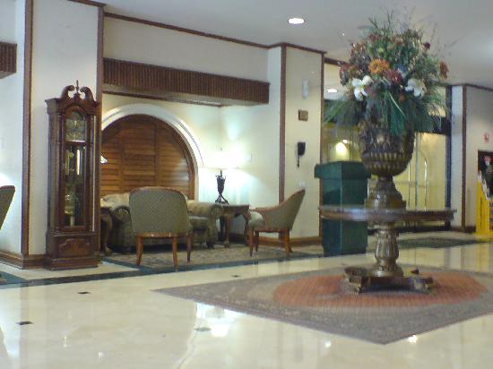 Quality Inn Chihuahua: Lobby 2