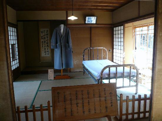 Tokutomi Roka Memorial Museum of Literature : Roka's final room / 蘆花が亡くなった部屋
