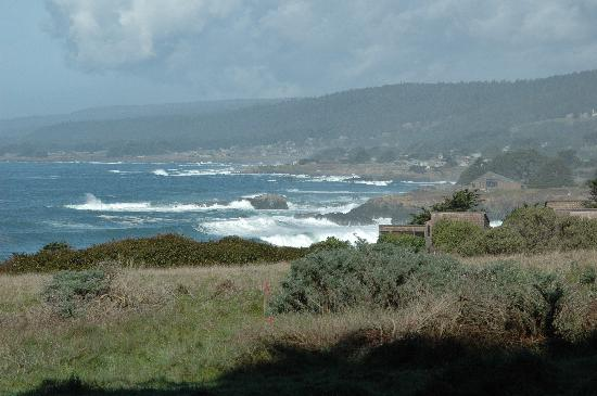Sea Ranch Lodge: from the parking lot