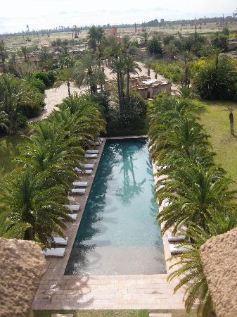 Ksar Char-Bagh: pool