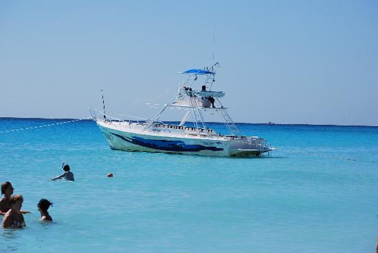 Sandos Playacar Beach Resort: Beach