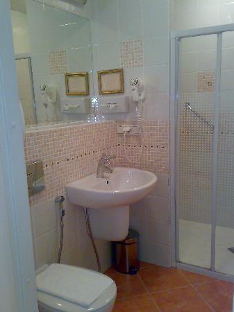 Art-hotel Trezzini: Bathroom
