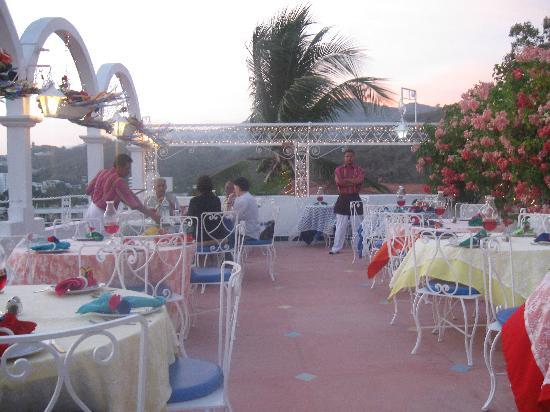 Su Casa: The dining area