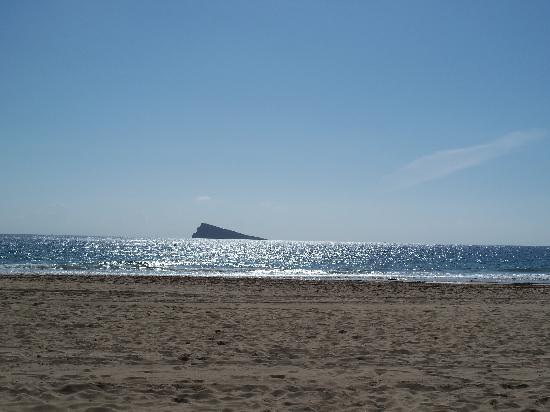 Paraiso Ten Apartments: the beach