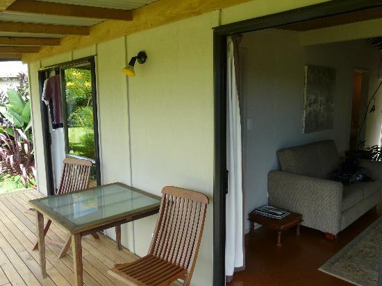 Wharepuke Subtropical Accommodation: The veranda
