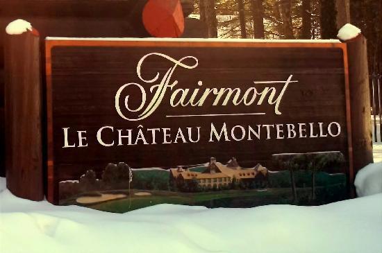 Montebello, Canada: Sign